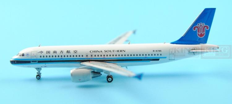 Phoenix 11112 China Southern Airlines B-6785 1:400 A320 commercial jetliners plane model hobby