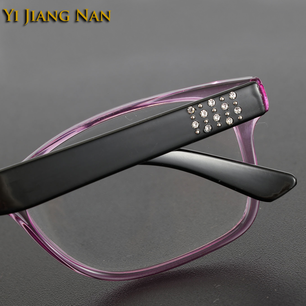 Yi Jiang Nan Brand Spring Hinge Eyewear Fashion Simple Design Optical Reading Glasses Women gafas de lectura de los hombres in Women 39 s Reading Glasses from Apparel Accessories