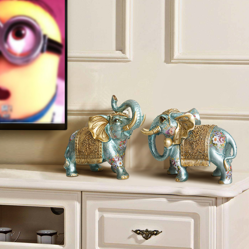 TV cabinet decoration home decoration living room small crafts European elephant pair lucky feng shui like