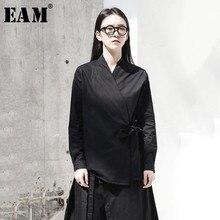 [EAM] 2020 חדש אביב סתיו V צווארון ארוך שרוול שחור רופף קצר מותניים תחבושת חולצה נשים חולצה אופנה גאות JI096