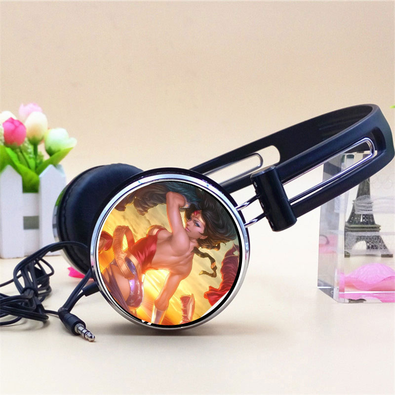 Custom Sexy Wonder Woman Diana Prince Anime Headphone Headphones Gaming Headset Stereo Headphones for Mobile Phone Mp3 Player PC