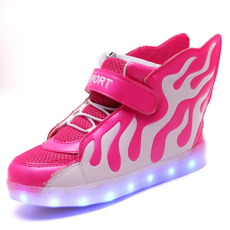 Nuovo LED Casual Scarpe Bambini Sneakers Fuoco Luci Up Scarpe Per Bambini  Scarpe Da Skate di Ricarica USB Ragazze Dei Ragazzi Incandescente Sneaker  in Nuovo ... 8e891ef0925