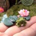 3 Pcs Magia de Fadas Jardim Miniaturas Jogo Dos Desenhos Animados Anime Figurinhas Sapo & Folha & Flor de Lótus Micro Paisagem DIY Artesanato