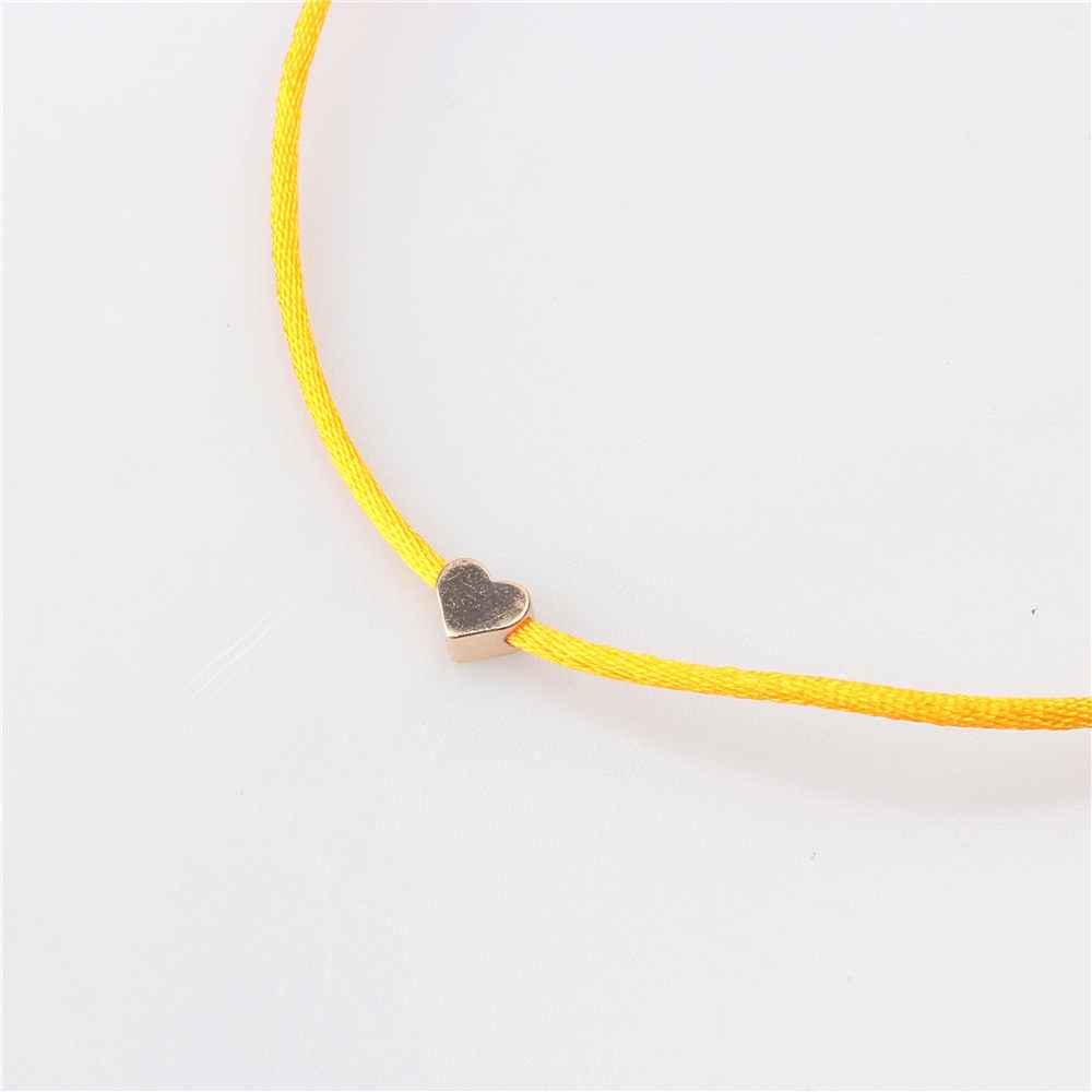 ロマンチックなゴールドカラーのハートシンプルな糸文字列のブレスレット女性男性赤糸ロープジュエリー Friendshiop