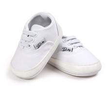 Купить с кэшбэком Delebao Spring/Autumn White Style Lace-up Shallow Rubber Sole Baby Boy & Girl Casual Shoes For 0-18 Months Wholesale