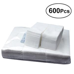600pcs Disposable Sterile Nail Towel Cotton Nail Towels Art Gel Polish Remover Lint Free Nail Wipe Cotton Pads