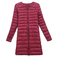 Женское зимнее пальто ультра светильник 90% белый утиный пух куртки тонкий портативный женский длинный пуховик верхняя одежда