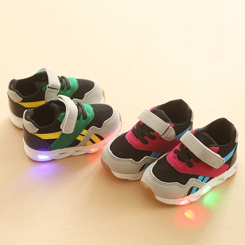 2018 High quality LED lovely baby first walkers elegant fashion glowing baby toddlers lighting up girls boys sneakers shoes