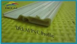 Perfil de PVC grande para película de techo elástica de PVC