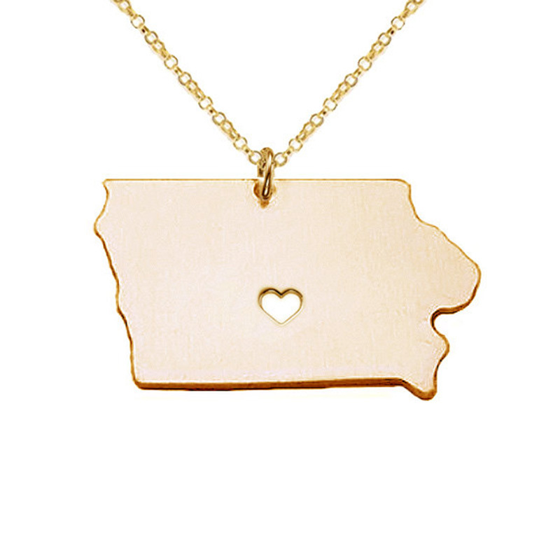 Iowa Necklace 316 Stainless Steel American State With Hollow Heart Map Necklace Statement Pendant Jewelry 5PCS