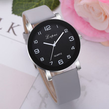 Woman's Watch Fashion Simple Quartz Wristwatches Sport Leather Band Casual Ladie