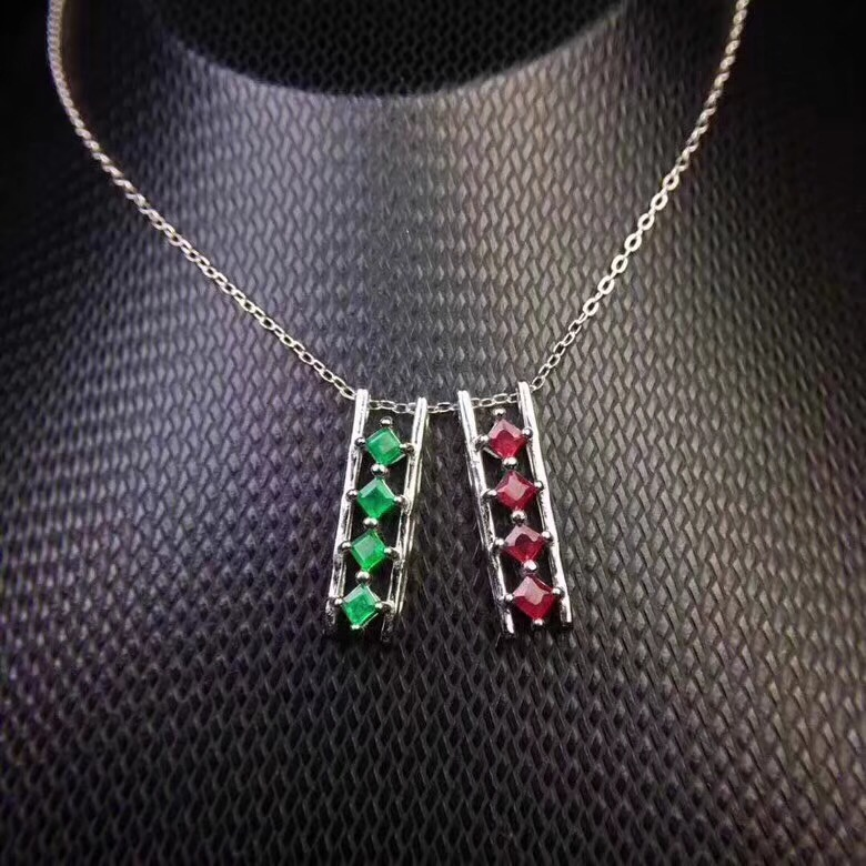 Simple fashion small Necklace 925 Silver Natural Ruby Emerald beautiful girl exclusive cute
