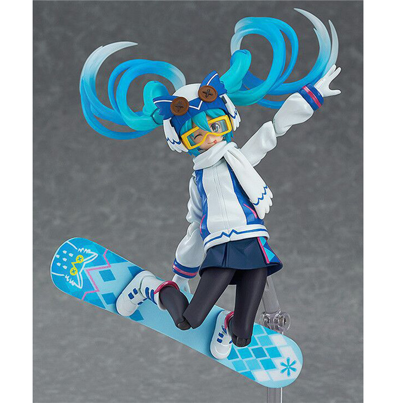 1pc/lot 7.5 Racing Hatsune Miku Race 2012 ver. Good Smile 1/8 Scale PVC Action Figure Collection Modelt Toy Retail Box hatsune miku ride bicycle figma 307 racing miku 2015 teaomukyo support ver pvc figure collectible toy 15cm kt4009