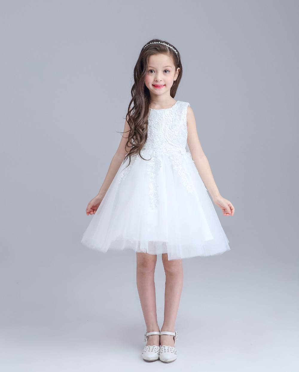 2017 Hot White First Communion Dresses For Girl Tulle Lace Infant Toddler Pageant Flower Girl Dress for Wedding and Birthday hot sale custom cheap pageant dress for little girls lace beaded corset glitz tulle flower girl dresses first communion gown