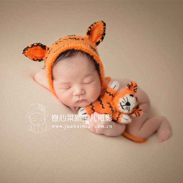 a5998c09f0e3 Knitted baby boy bonnet hat Newborn knit bonnet matched toy set ...