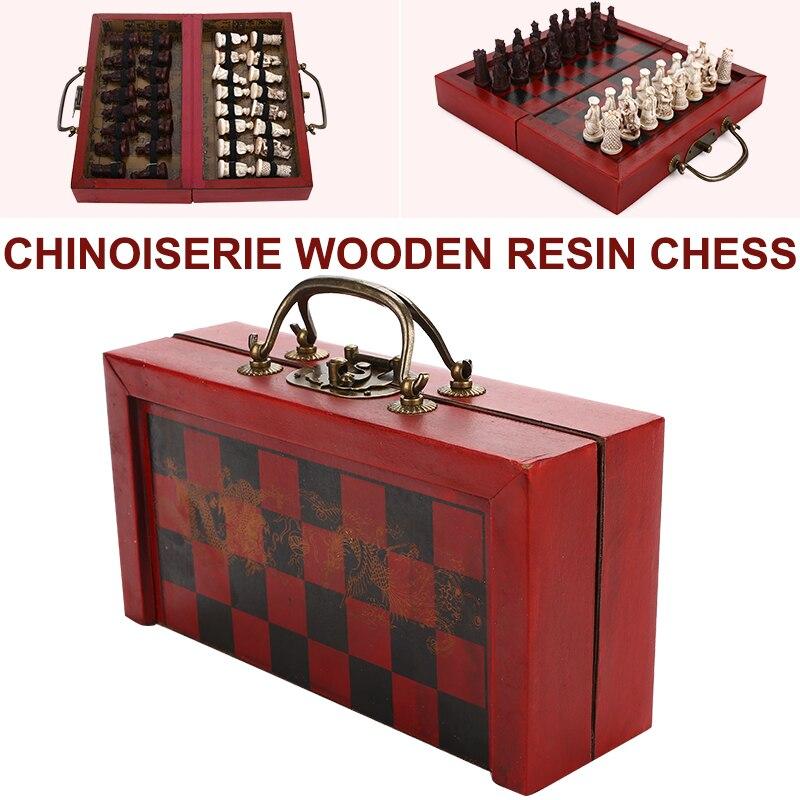 Échecs rétro en bois échecs internationaux chinois rétro échecs soldats de la dynastie Qing guerriers en terre cuite en bois tuer le temps