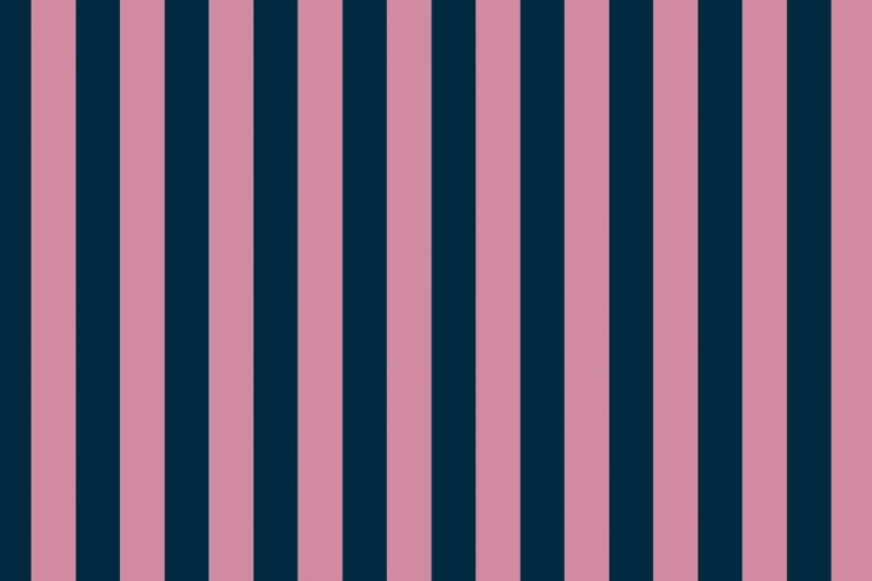 silver and gold striped wallpaper