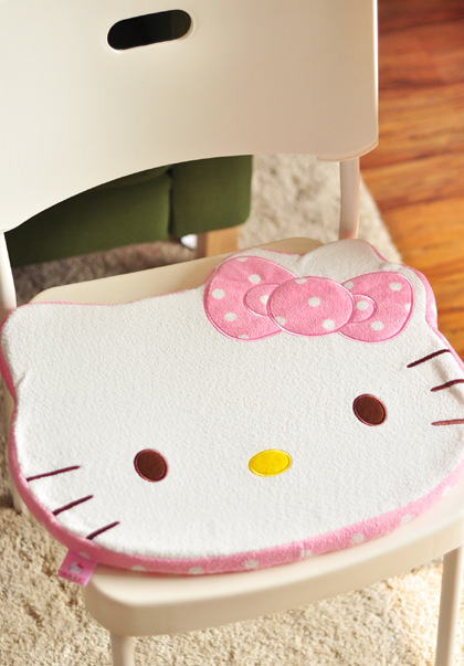 1pc NEW Cute Cartoon Pink Girl Hello Kitty Face Auto Car Office Chair Cotton Plush Seat Cushion Home Floor Pet Pad - Workshop store