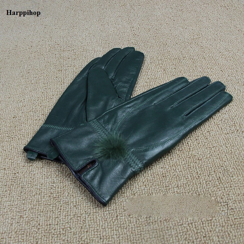 2017 fashion leather female leather <font><b>gloves</b></font> sheepskin <font><b>gloves</b></font> winter warm <font><b>gloves</b></font> black minimalist style female leather <font><b>gloves</b></font>