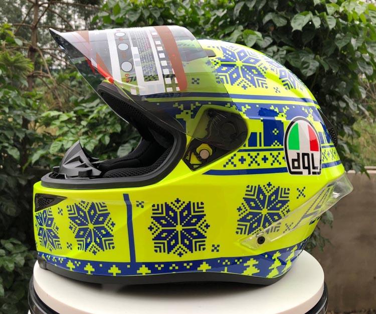 Dql casque de moto homme équitation voiture quatre saisons cool moto avec queue moteur voiture hiver casque