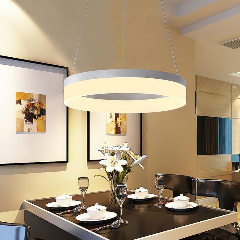 https://i3.wp.com/ae01.alicdn.com/kf/HTB1Wl3AbqLN8KJjSZFvq6xW8VXaJ/Nieuwigheid-Cirkel-LED-hanglamp-Ronde-home-verlichting-Acryl-hanglampen-voor-eetkamer-bar-woonkamer.jpg?resize=450,300