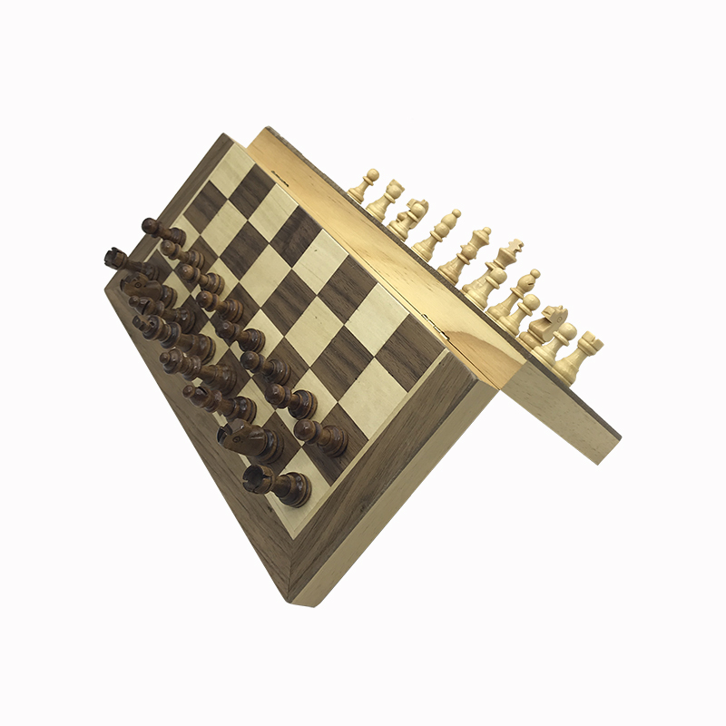 Yernea New Magnetic Chess Games Wooden Chessboard Outdoor Chess Set Games Solid Wood Chess Pieces Magnetic Folding Chessboard 4