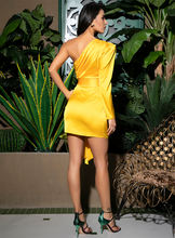 LOVE&LEMONADE Sexy Yellow One-Shoulder Puff Sleeve Ribbon Decoration Bodycon Party Dress LM81825-1