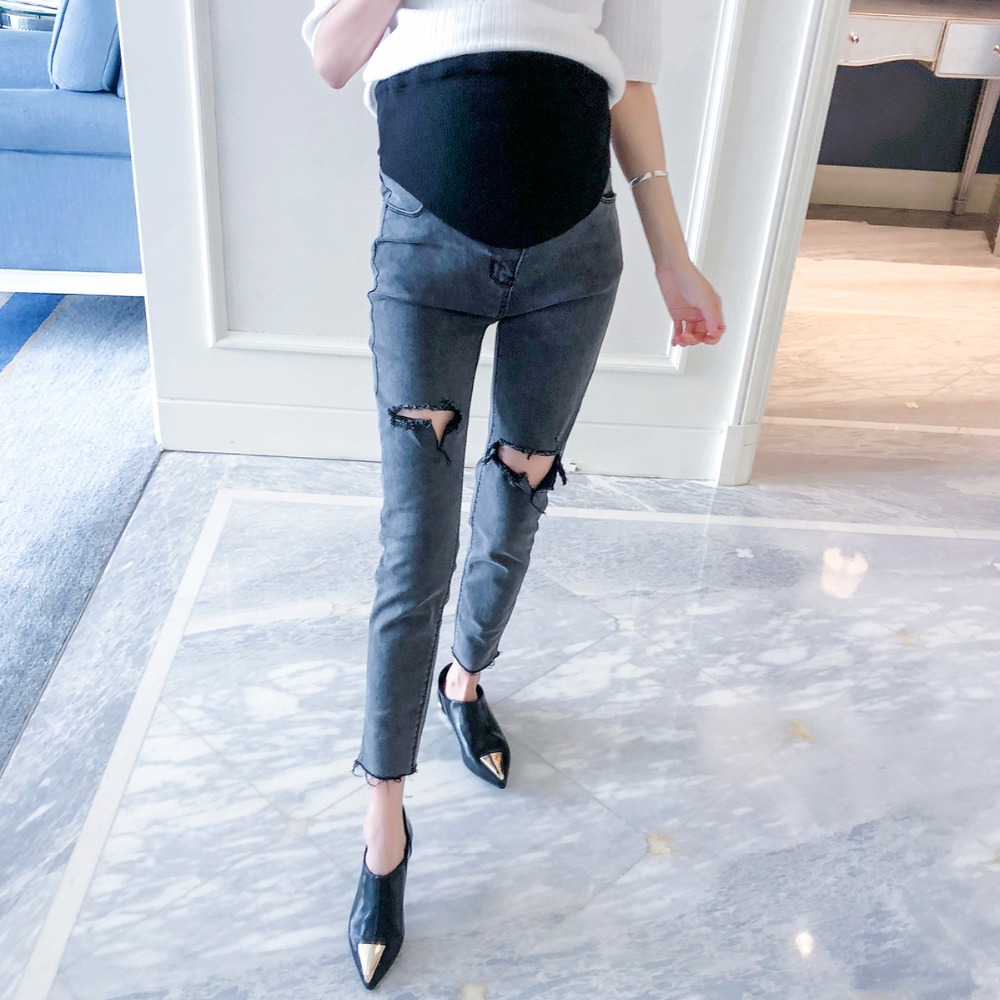 Pregnant women jeans 2018 autumn new trousers outside wearing pants pregnancy pencil pants slimming hole stomach lift pants new fashion women slim jeans casual roses embroidery pencil pants female short trousers for ladies