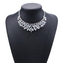 Luxury Flash Teardrop-shaped Crystal Chokers Necklaces Short Clavicle Necklace Exaggerated Female Fashion