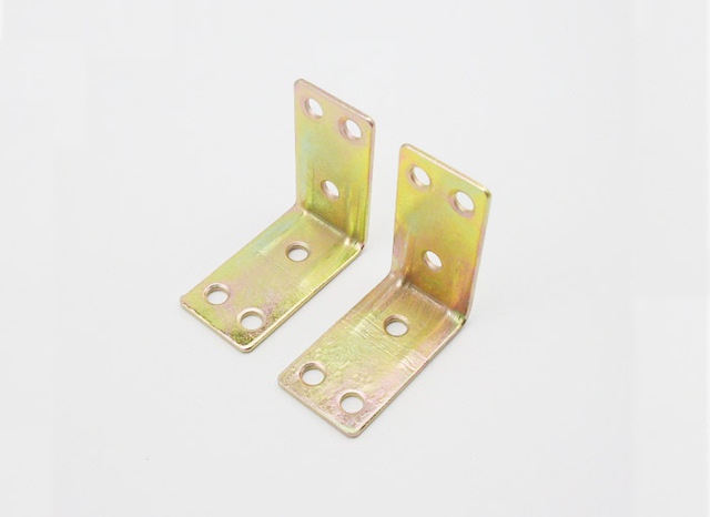 100pcs furniture fitting kitchen cabinet corner brackets furniture rh aliexpress com kitchen cabinet brackets wickes kitchen cabinet shelf brackets