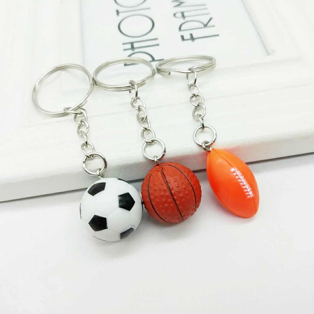 2 CENTÍMETROS ornamentos Bola De Futebol basquete futebol keychain Bag pingente Homens Mulher Kids Anel Chave lembrança Presente de aniversário por atacado