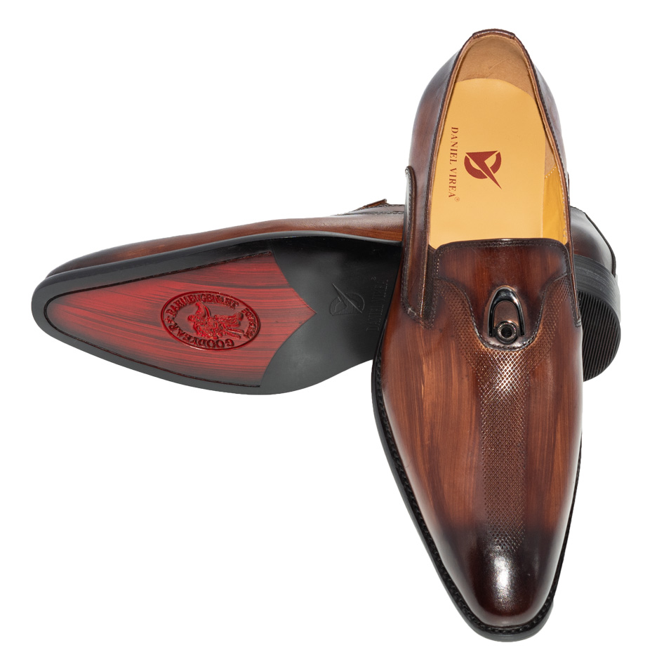 Image 5 - Handmade Office Business Wedding Dress Loafers Hand washing color  metal decorate Luxury Suit Formal Genuine Leather Men ShoesFormal  Shoes