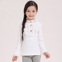 Original design girls under the shirt 2017 spring autumn cotton shirt Slim long-sleeved Princess T-shirt With sleeves of lace