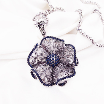 Vintage Flower Long Pendant Necklaces