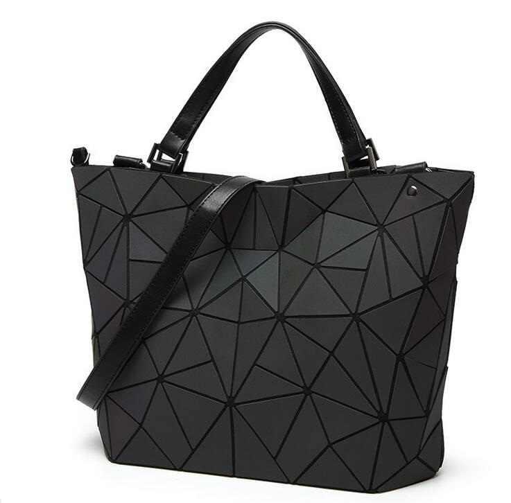 Прямая доставка Горячая светящаяся Сумка Женская Геометрическая лазерная сумка стеганая сумка через плечо Голограмма лазерная простая складная сумка большая