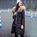 Invierno Jacket Women 2016 Abrigo Largo de Gran Mapache Cuello de Piel Engrosamiento Chaqueta de Plumón de Pato prendas de Vestir Exteriores Femenina Desgaste de la Nieve de la Marca