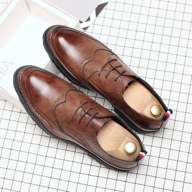 New Extra Large Size Shoe Men's Point Toe Business Casual Shoes Fashion Lace Up Breathable Brogue Oxford Shoes