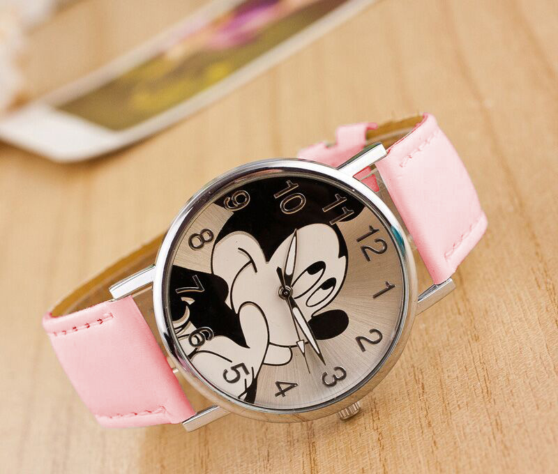 8 Colors Cute cartoon quartz wristwatch children leather watch Mickey Mouse watches kid boy women girls relojes 2017 new relojes cartoon children watch captain america watches fashion kids cute relogio leather quartz wristwatch boy gift