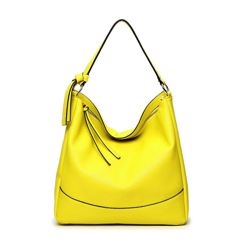 Summer 2018 new minimalist womens shoulder bag large capacity portable Korean version fashionable soft leather shoulder bag