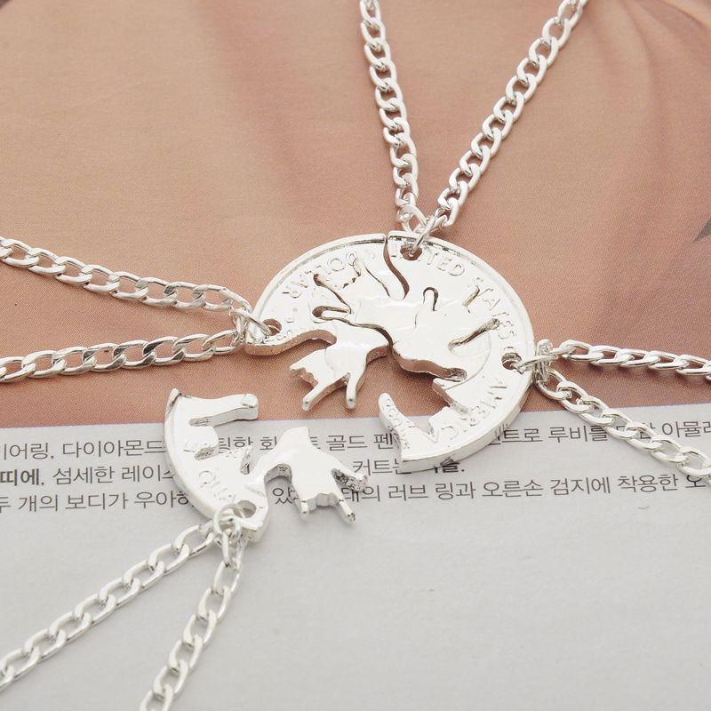 4 pcs/set Rock Gestures Hand Splicing Pendant Necklace Women Men Creative BFF Best Friends Necklaces Friendship Cut Coin Jewelry
