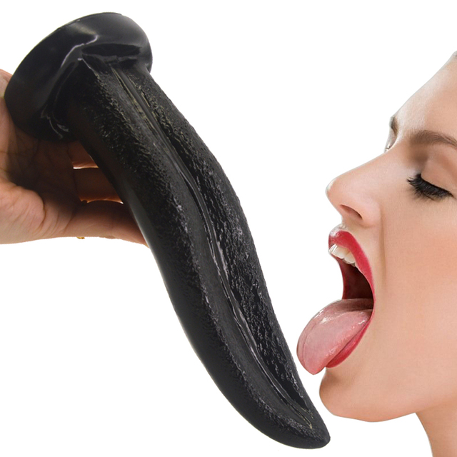 Clitoris gently performing cunnilingus make tongue