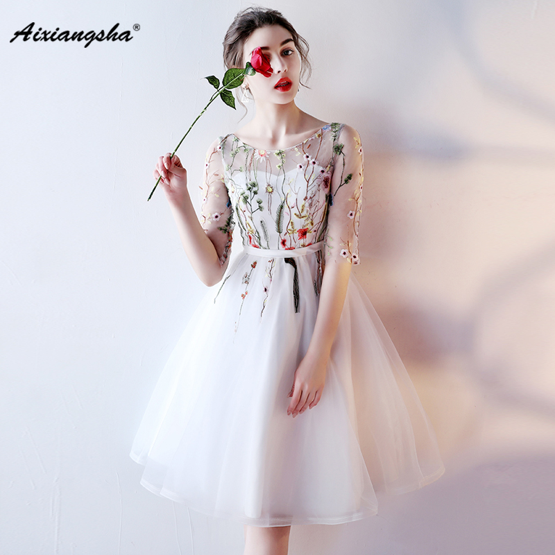 Scoop Neck A-Line Knee-Length Customized New arrival Appliques Tulle Half Sleeves Embroidery Short   Prom     Dresses   Elegant 2018