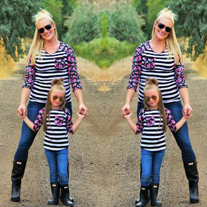 New-Fashion-2017-Family-Matching-Outfits-Patchwork-flower-Long-sleeve-Striped-T-Shirts-mother-and-daughter (1)