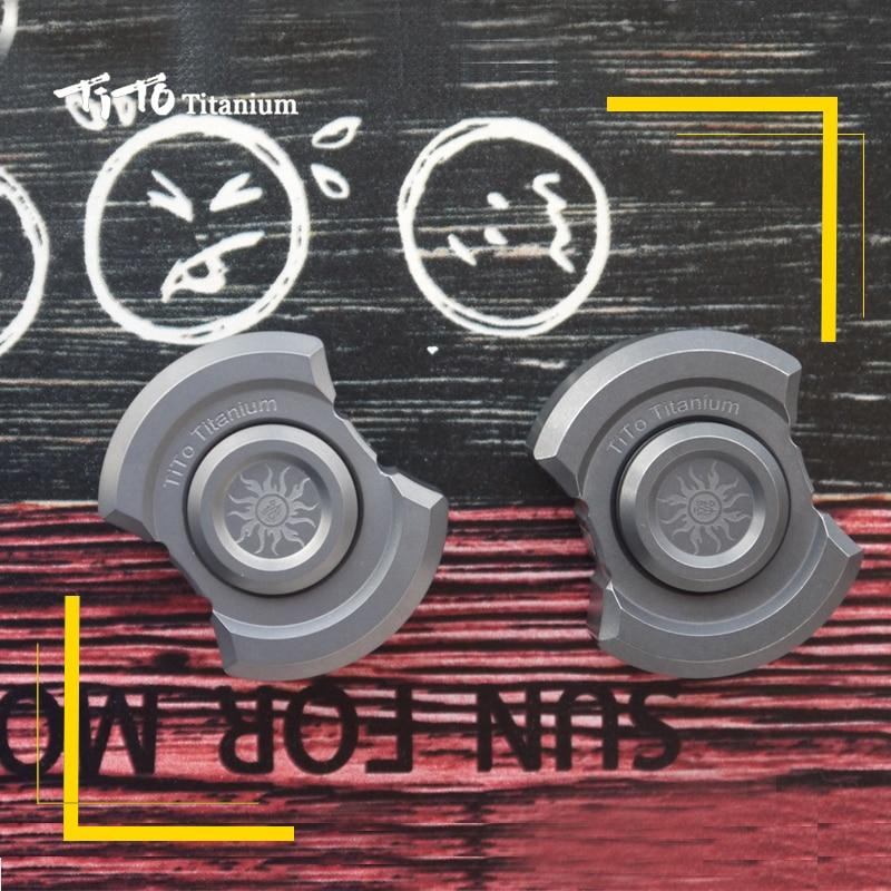 TiTo EDC Titanium Alloy Multipurpose Bottle Opener Rotatable Toy Tools Meteorite Keychain Outdoors Tools Titanium Spinner