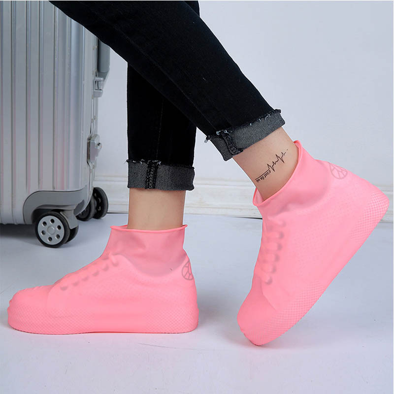 дешево!  Водонепроницаемая обувь Плащ Сопротивление скольжению Многоразовые силиконовые стельки Сапоги Ско