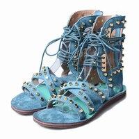 В стиле панк с заклепками на шнуровке сандалии для женщин вырез крест ремни гладиаторские сапоги сандалии синий замшевые сапоги на плоской