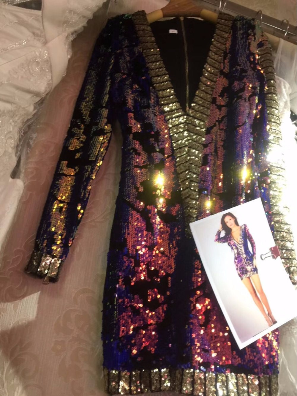 Designer Perles Manches Multi Bling 2017 Moulante Party Longues V Celebrity Coloré Femmes Sexy Cou Paillette Mode Robe qwHBIn1WOS