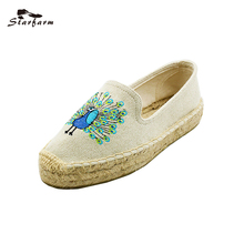 2017 Starfarm Women Shoes Woman Flats Peacock Embroidery Espadrille Flats Woman Canvas Ethnic Shoes Classic Hemp Insole Loafers