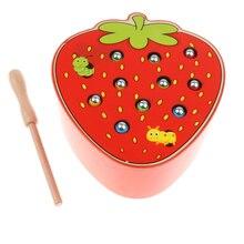 Деревянный магнит фруктовый Жук ловля игра игрушка, монтессори игрушка, интеллектуальная игра, дети малыш развивающая игрушка-клубника