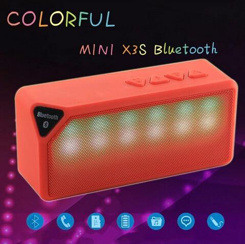 Мини <font><b>X3S</b></font> красочные светодиодные фонари импульса Встроенный микрофон Беспроводной <font><b>Bluetooth</b></font> 2.0 Динамик Поддержка Handsfree <font><b>TF</b></font> AUX <font><b>FM</b></font> Радио для смартфонов